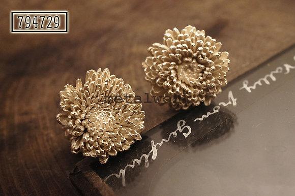 MW E1018 The 925 Silver Florist's Daisy Studd Earrings (Large)