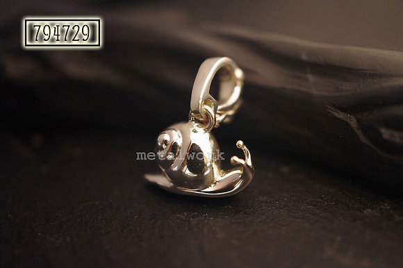MW P1085 The 925 Silver Snail Charm