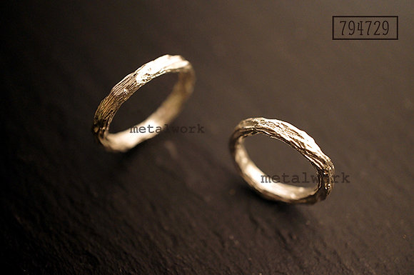 MW R1012 The Twig Ring
