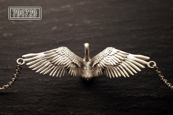 MW P1139 Swan Necklace