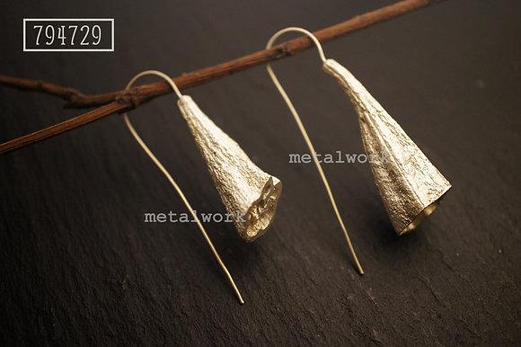 MW E1014 The 925 Silver Okra Earrings