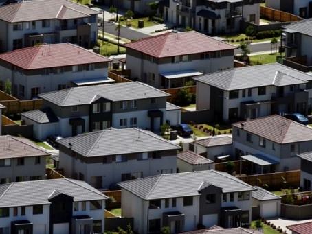 Rate rise fury swamps Australia