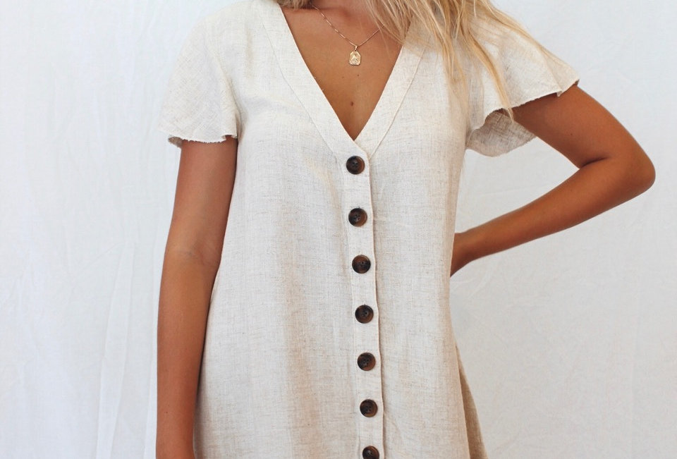 Cute throw on linen dress, brown button detail making it super cute and perfect for Summer!