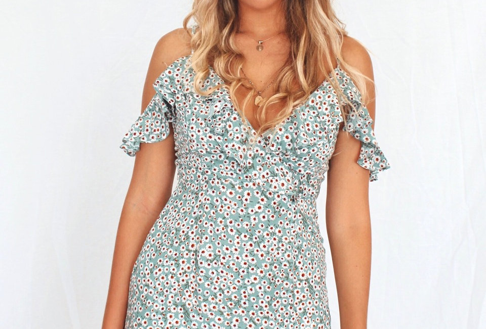 Cute mini floral dress cold shoulder yours truly QM30613036