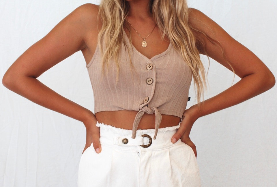 Cute white denim shorts, super cute style for this Summer matched with any top!