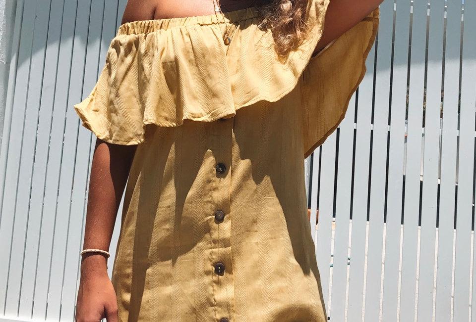 Cute summer mustard off the shoulder dress, perfect summer piece!