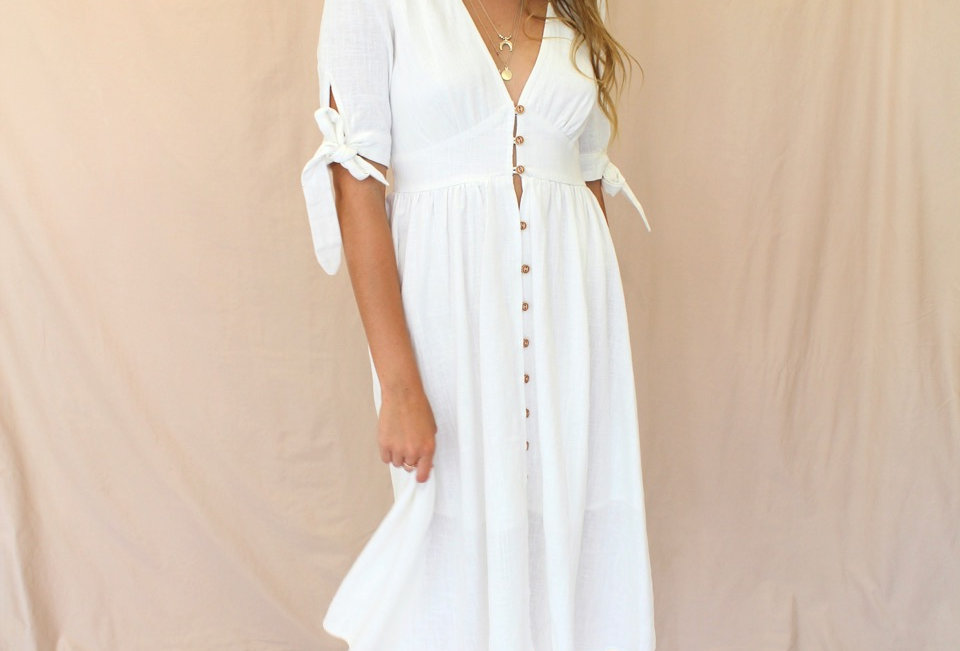 Stunning White MidiDress, Super Cute Style Perfect For Any Occasion!