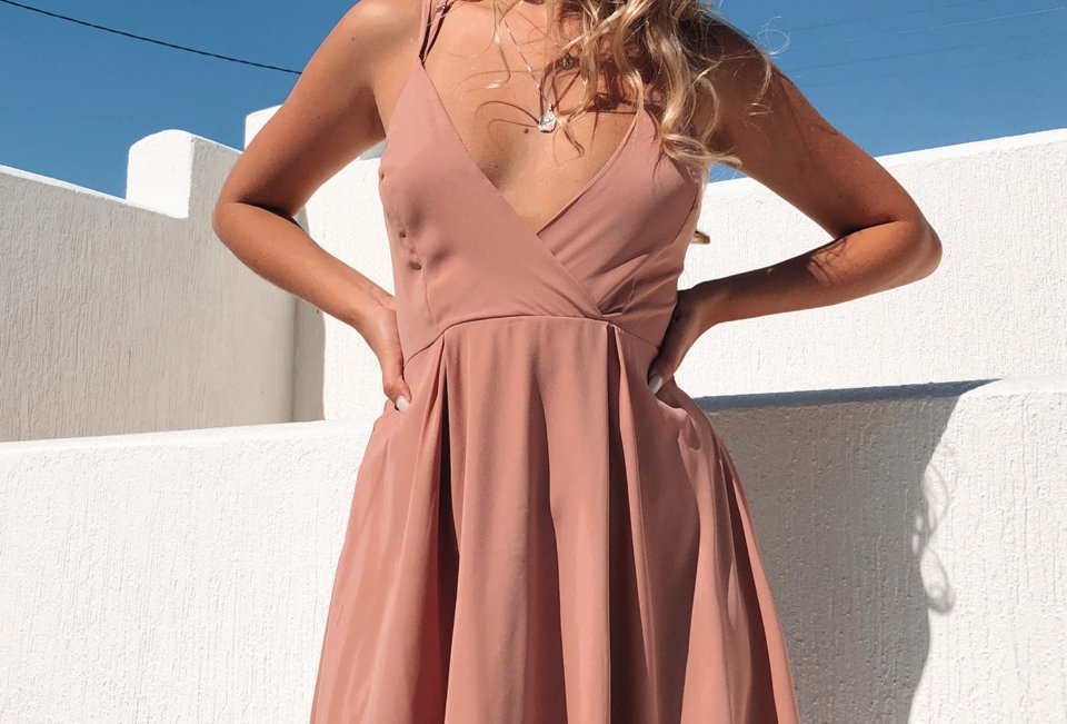 Stunning musk coloured dress, perfect for a event like the races or any excuse to get dressed up!