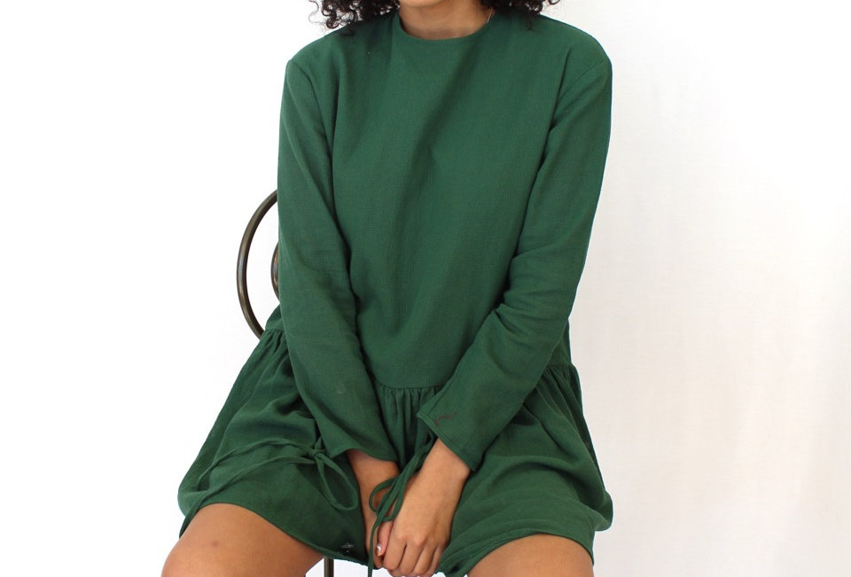 Cute forest green dress, perfect Winter dress! colour to die for!