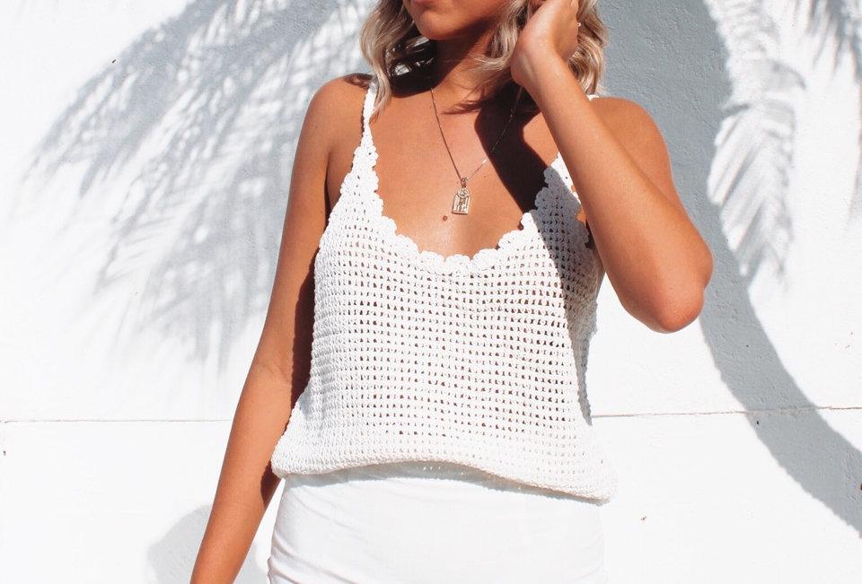 Cute loose knit singlet top in white Circle neckline Easy fit Crop Sheer
