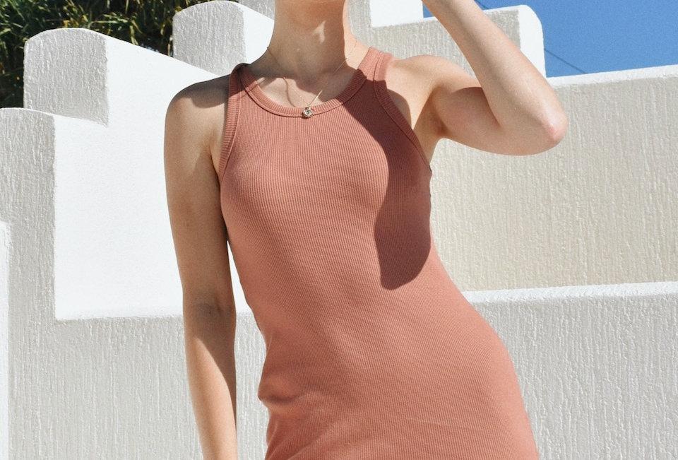 Cute brick coloured mini dress High neck Ribbed fabric Brick colour Stetch