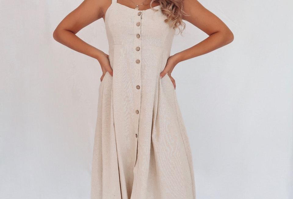 Stunning linen button up midi dress, super cute look!