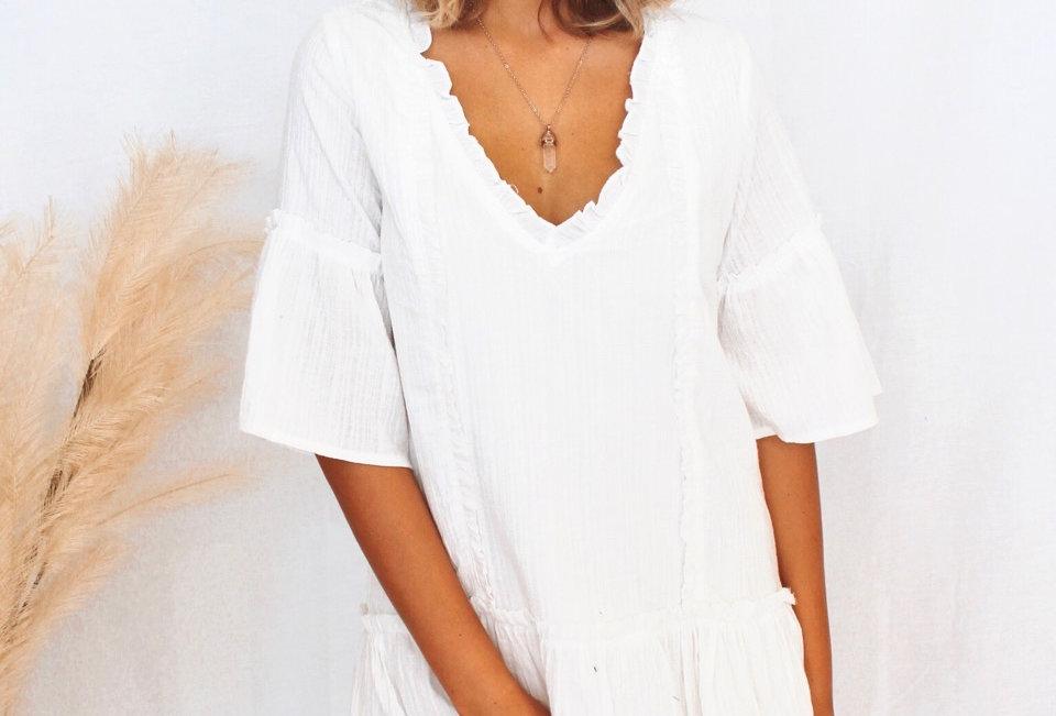 white linen v neck dress 3/4 sleeve cute style