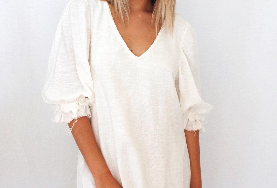 SMITH DRESS//WHITE