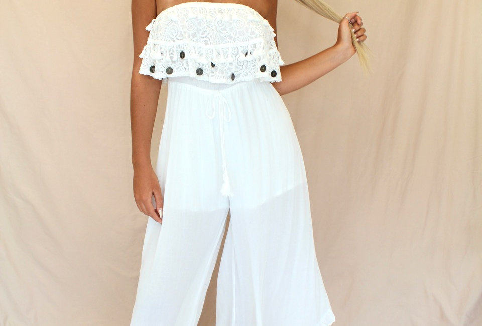 Stunning WhiteDetailed Jumpsuit, This Little Number is Perfect For a Festival Or Even to Dress up!