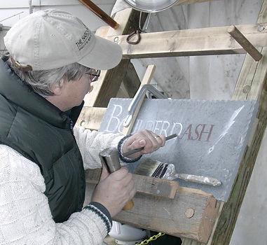 2 Jan 2005 Carving Estate plaque (PA Nat