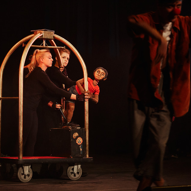 Promised / Beloofde Land  - Loft Puppet Company