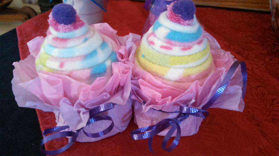 Receiving blanket cup cakes