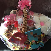 Gift baskets, diaper cakes, baby shower gifts