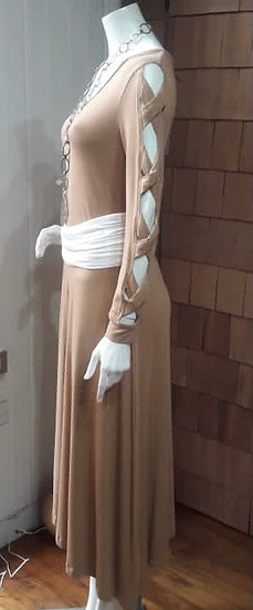 Vestido Alerce mangas cruzada beige