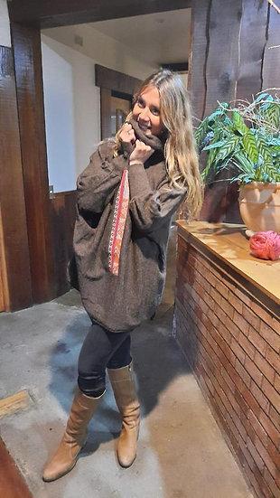 Poncho con Puños, Alpaca Cafe con aplicacion Awayo