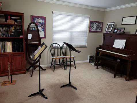 my studio pic 2.jpg