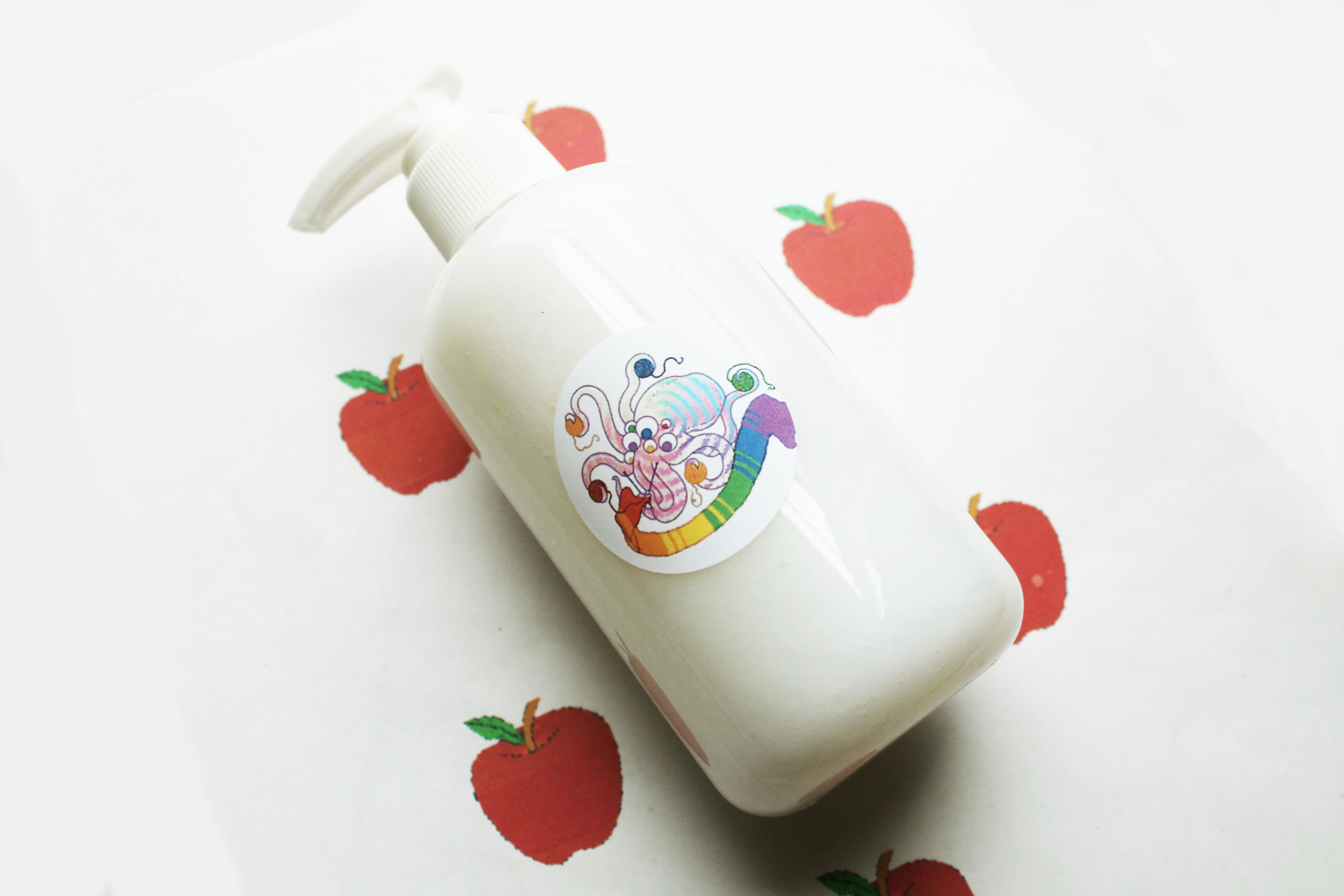 apple hand soap.JPG