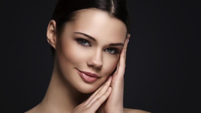 Cinco benefícios do amendoim para a pele