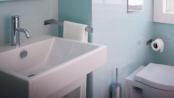 5 maneiras de deixar o banheiro limpo e aconchegante