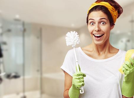 Como eliminar mofo do teto do banheiro