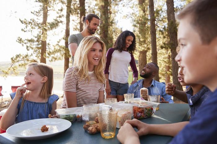 Acampamento de férias — dicas para organizar o seu