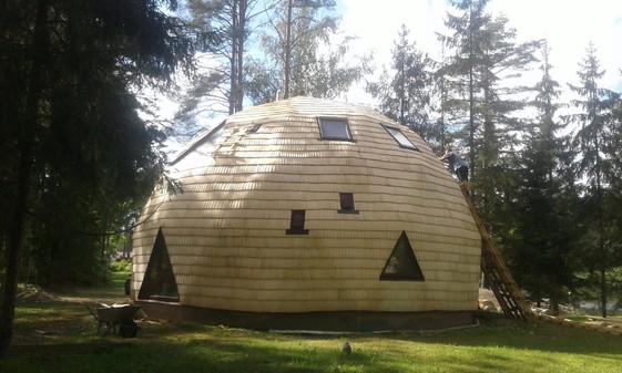 Lubiņu kupola māja