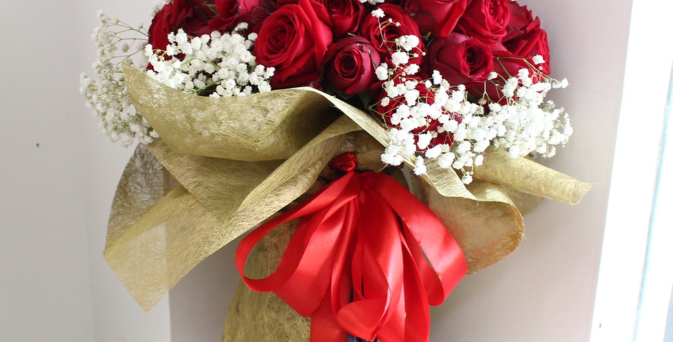Red Naomi Bouquet