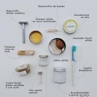 Cómo preparar un neceser de viaje sin plástico