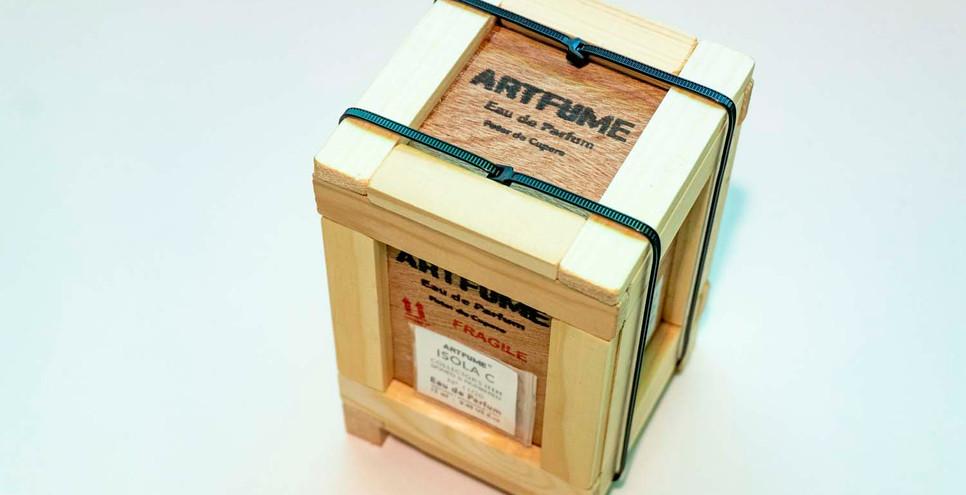 Artfume crate 05 copyrights Peter de Cup