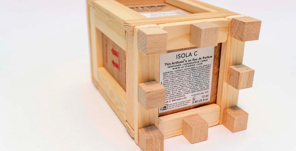 Artfume crate 06 copyrights Peter de Cup