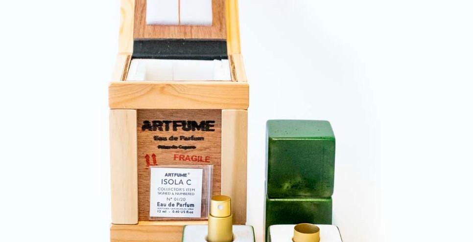 Artfume packed 04 copyrights Peter de Cu