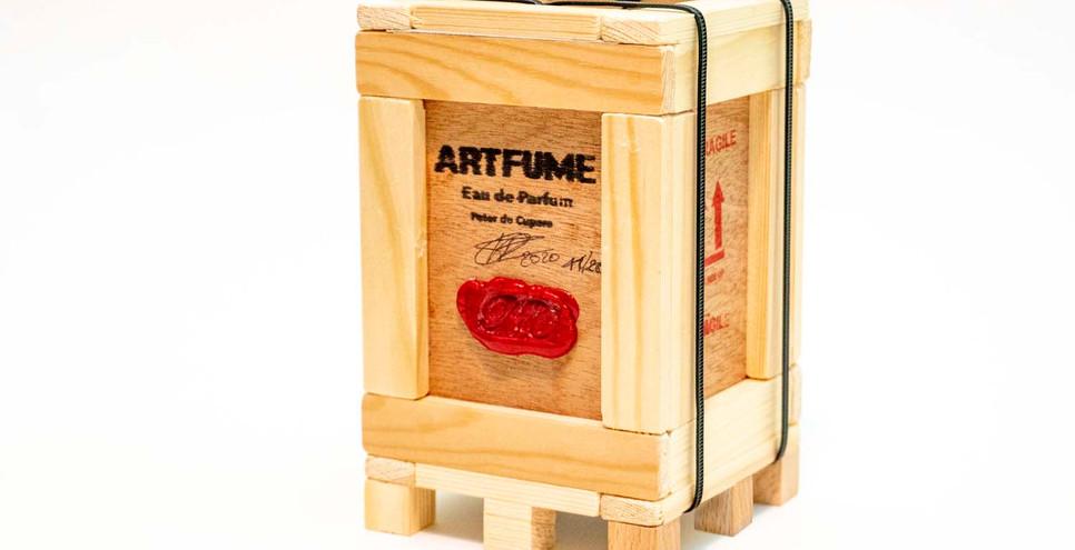 Artfume crate 03 copyrights Peter de Cup