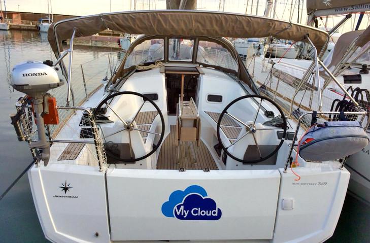 """Sun Odyssey 349 """"My Cloud"""""""