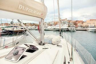 dufour445_05HD.jpg