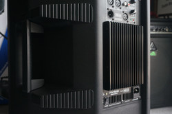 HD15 High-Def Powered Speaker