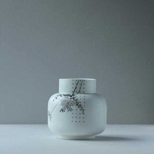 Waterflora Vase with Pattern