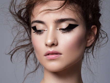 The Ultimate Guide to Eyeliner Color Effects