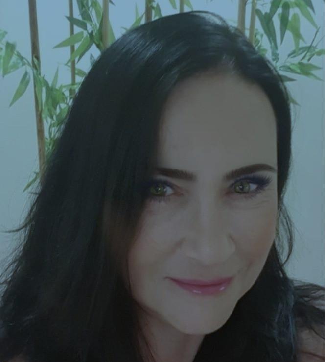 ויאולטה טרנפולסקיהמומחה לכירורגיה פלסטית