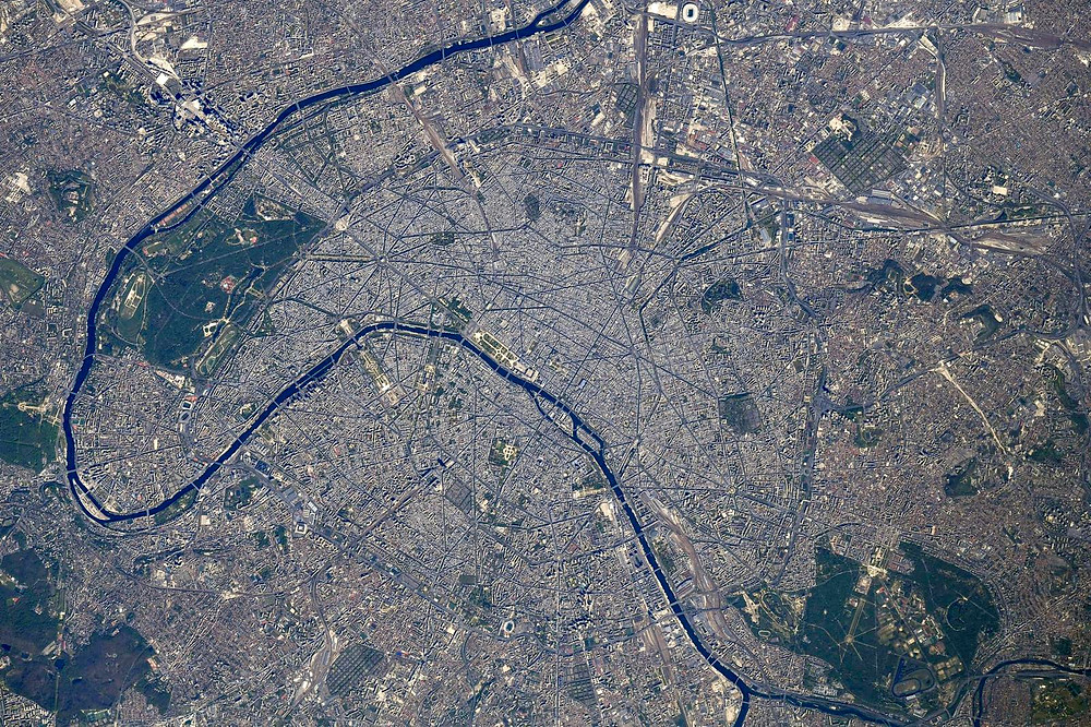 Paris vu du ciel, par Thomas PESQUET (28 avril 2021)