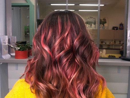Яркое окрашивание волос / Мастерская красоты SOVA в Митино