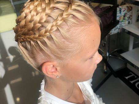 Сложное плетение кос Митино. Мастерская красоты SOVA