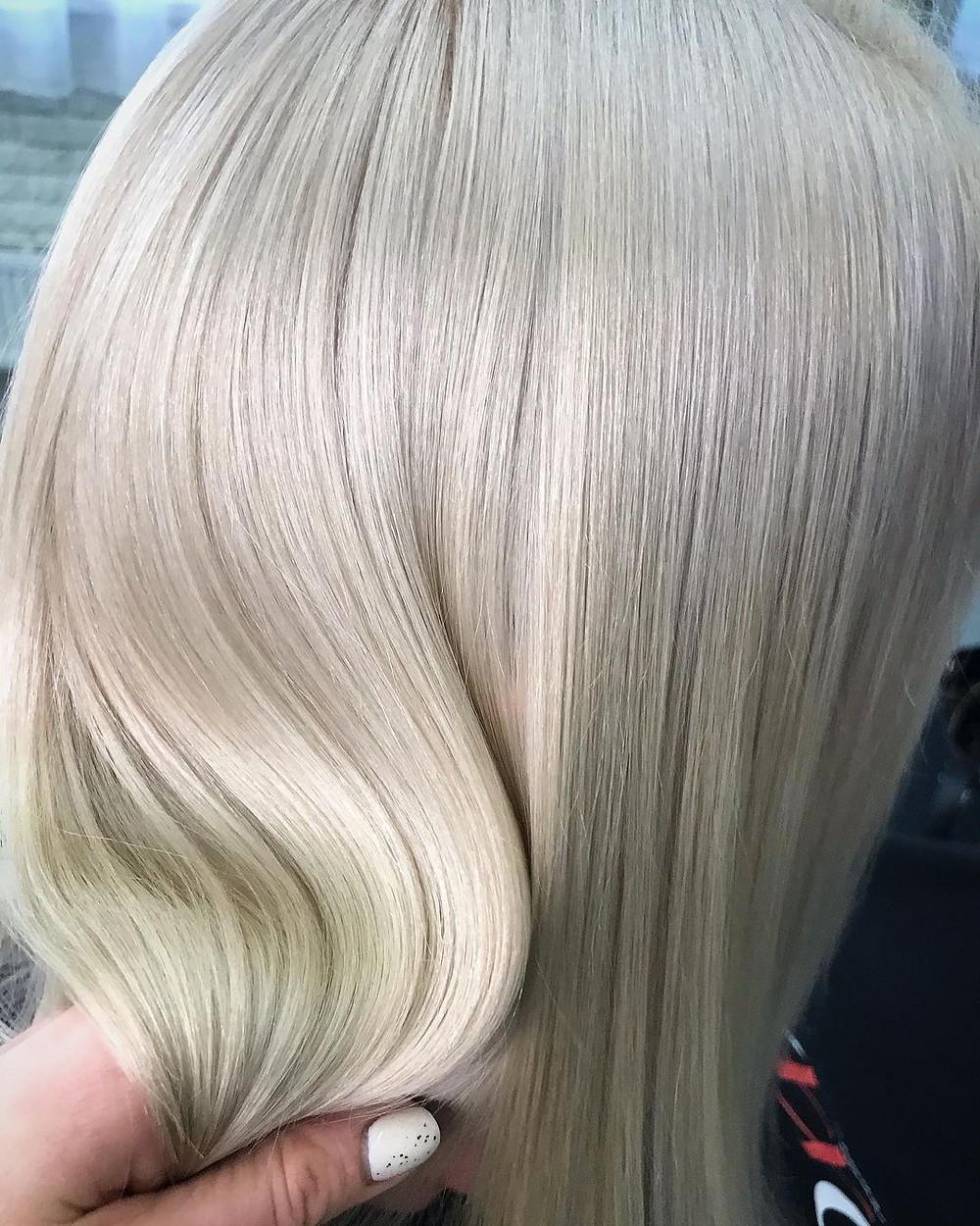 Окрашивание волос / Мастерская красоты SOVA в Митино