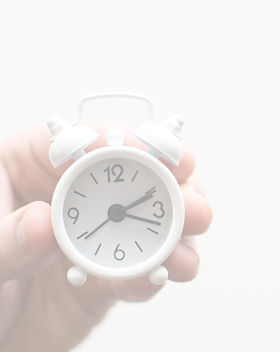 Alarm clock friends situation with hand_