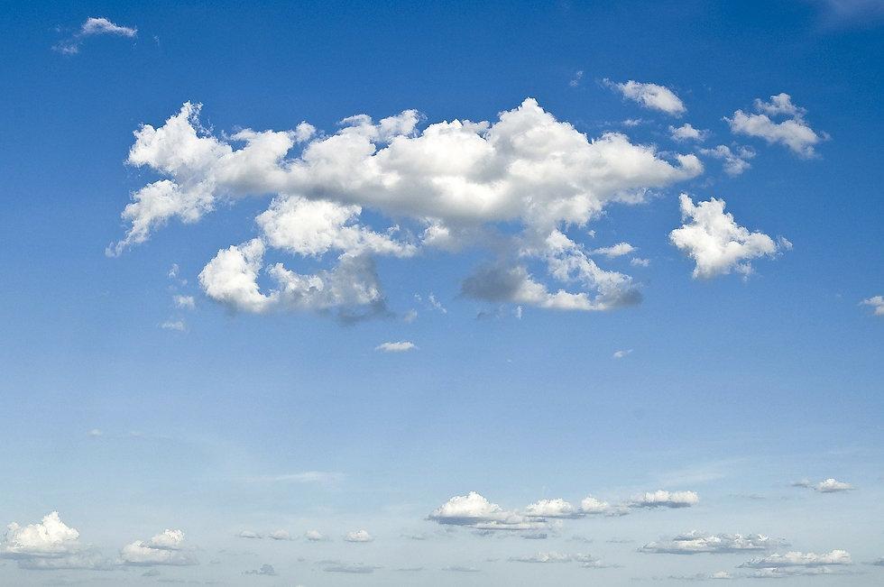 clouds-49520_1920.jpg